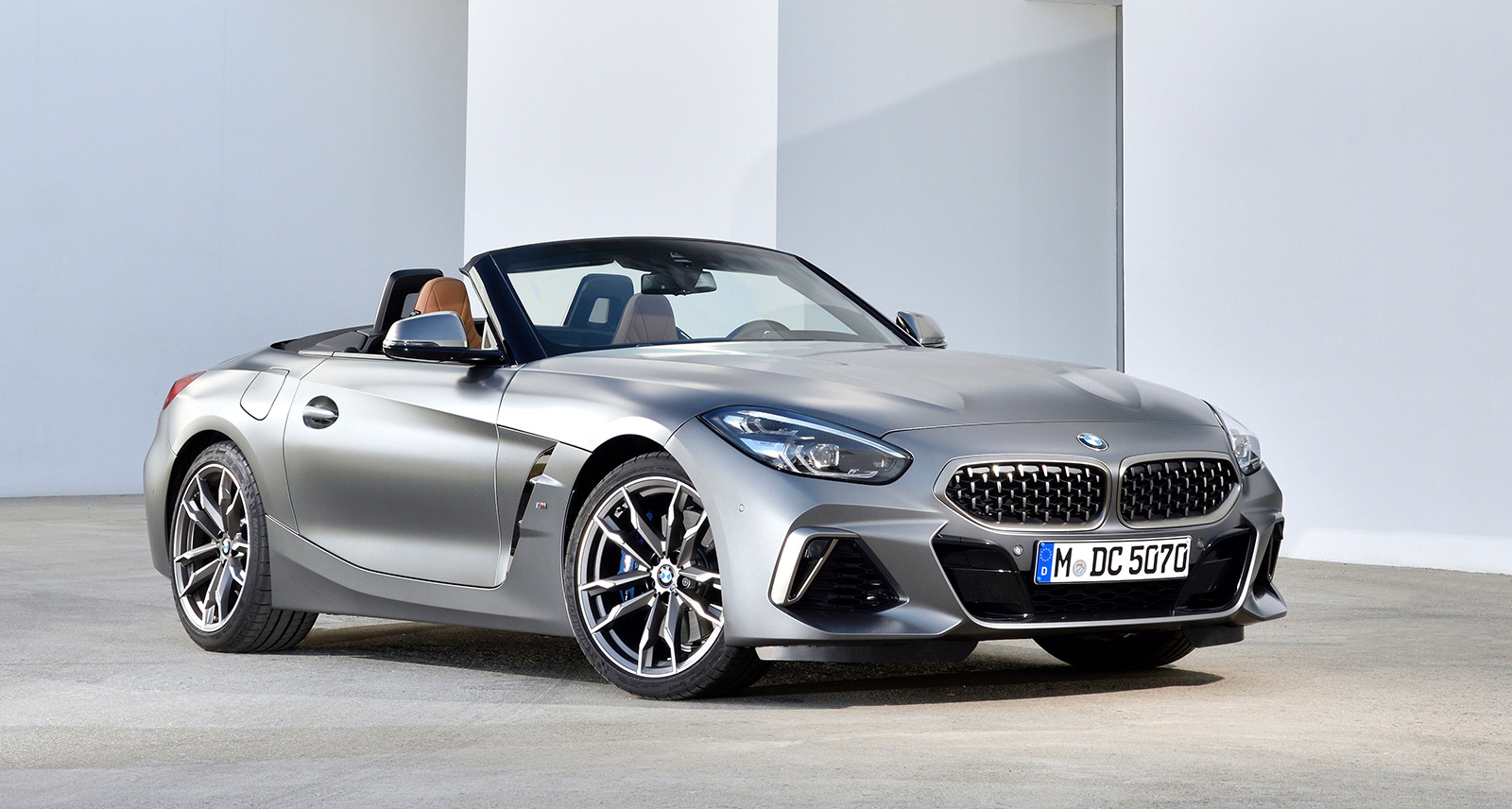 BMW Z4 M40i First Drive Review