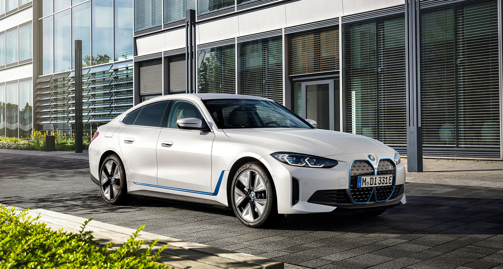 The Five Coolest Things About BMW's Next-Gen EVs